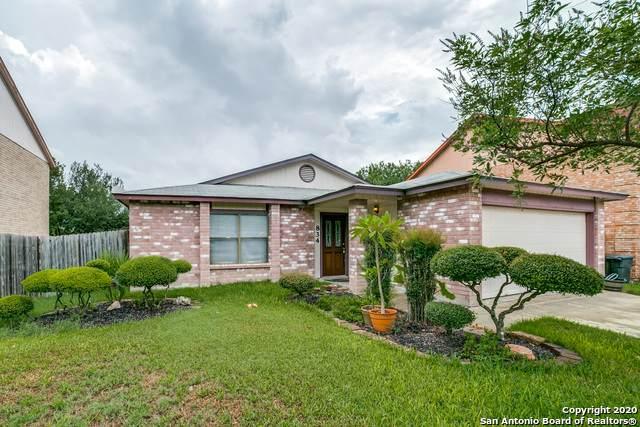 834 S Ellison Dr, San Antonio, TX 78245 (MLS #1483069) :: Carolina Garcia Real Estate Group