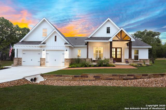 101 Sunrise Ln, Bandera, TX 78003 (MLS #1483082) :: The Castillo Group