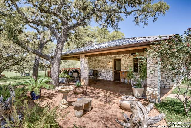 11 Foster Rd, Boerne, TX 78006 (MLS #1483242) :: The Castillo Group