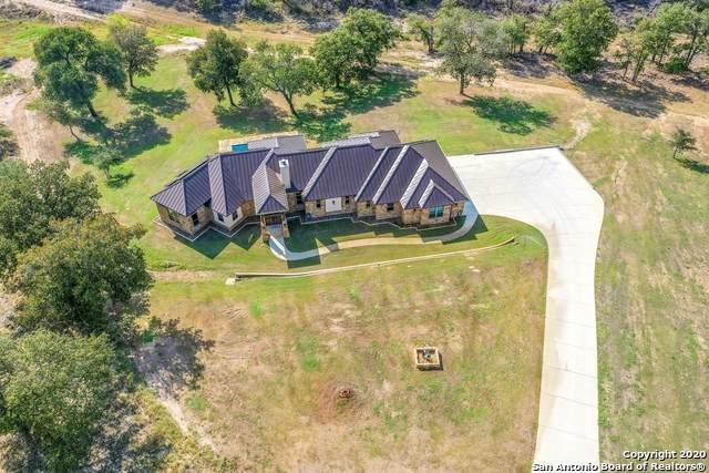 132 N Abrego Crossing, Floresville, TX 78114 (MLS #1483297) :: Concierge Realty of SA