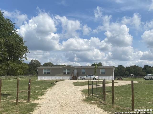 122 Rolling Hills Dr, La Vernia, TX 78121 (MLS #1483311) :: The Castillo Group