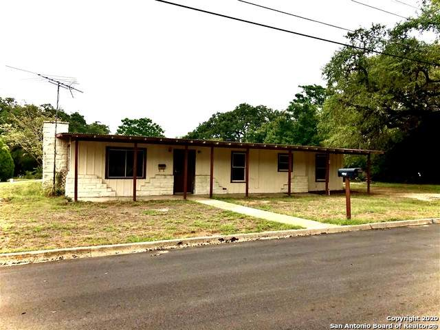 601 Virginia, Pleasanton, TX 78064 (MLS #1483398) :: The Real Estate Jesus Team