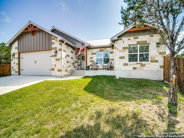 1384 Bellewood Ln, Canyon Lake, TX 78133 (MLS #1483405) :: The Castillo Group
