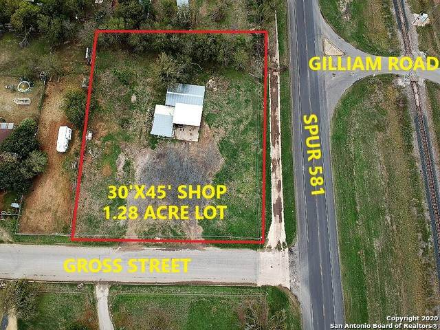 202 E Gross St, Pearsall, TX 78061 (MLS #1483424) :: ForSaleSanAntonioHomes.com