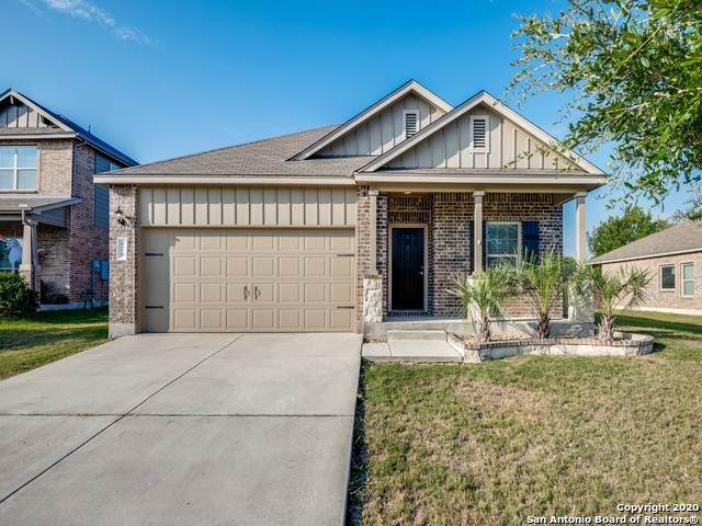 676 Peacock Ln, New Braunfels, TX 78130 (MLS #1483600) :: The Castillo Group