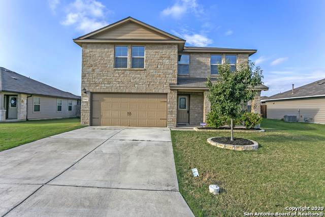 2662 Lonesome Creek Trail, New Braunfels, TX 78130 (#1483675) :: The Perry Henderson Group at Berkshire Hathaway Texas Realty