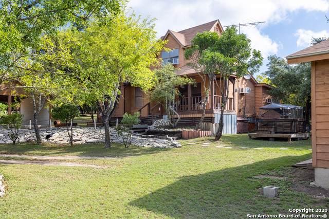216 Live Oak Pl, Pipe Creek, TX 78063 (MLS #1483781) :: Neal & Neal Team