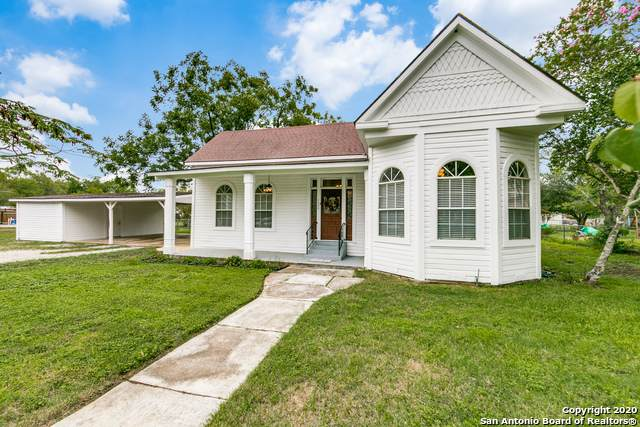1503 S 2ND ST, Floresville, TX 78114 (MLS #1483923) :: 2Halls Property Team | Berkshire Hathaway HomeServices PenFed Realty