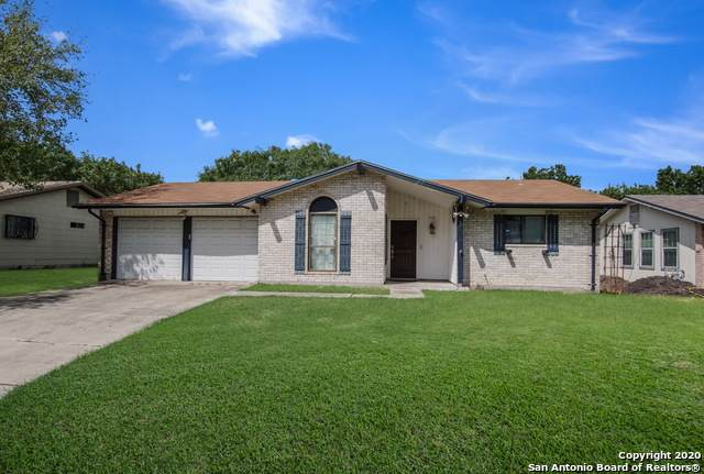 204 Royal Dr, Converse, TX 78109 (#1483954) :: The Perry Henderson Group at Berkshire Hathaway Texas Realty