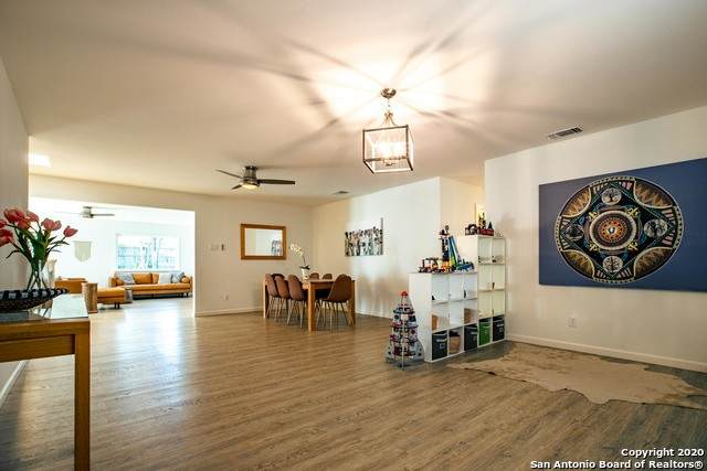 807 Cobble Dr, San Antonio, TX 78216 (MLS #1484154) :: Carter Fine Homes - Keller Williams Heritage