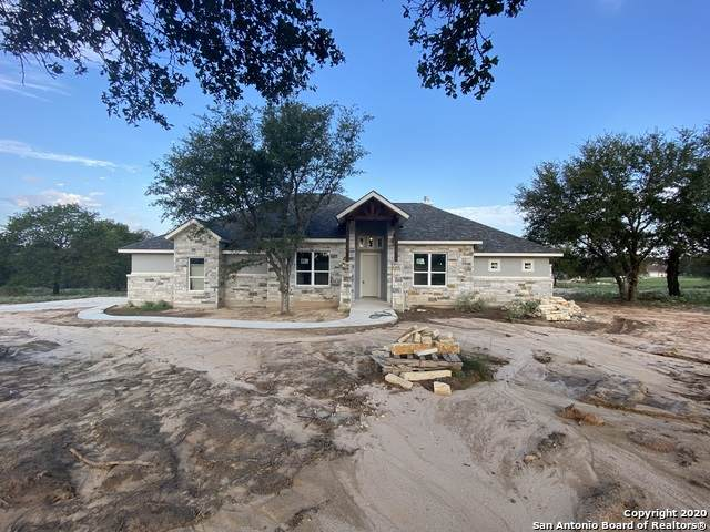 112 Hannah Dr, Adkins, TX 78101 (MLS #1484172) :: The Mullen Group | RE/MAX Access