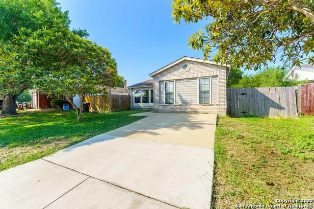 2929 Moss Plain Dr, San Antonio, TX 78245 (MLS #1484336) :: Keller Williams City View