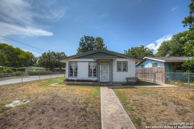 202 W Academy St, San Antonio, TX 78226 (MLS #1484374) :: REsource Realty