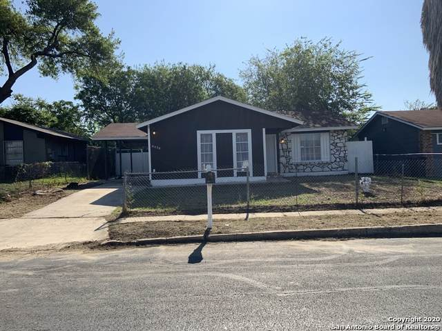 8438 Sweet Maiden Dr, San Antonio, TX 78242 (MLS #1484403) :: Alexis Weigand Real Estate Group