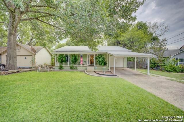 352 S Hickory Ave, New Braunfels, TX 78130 (MLS #1484456) :: The Glover Homes & Land Group