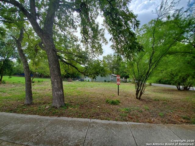 1402 E Carson St, San Antonio, TX 78208 (MLS #1484458) :: Alexis Weigand Real Estate Group