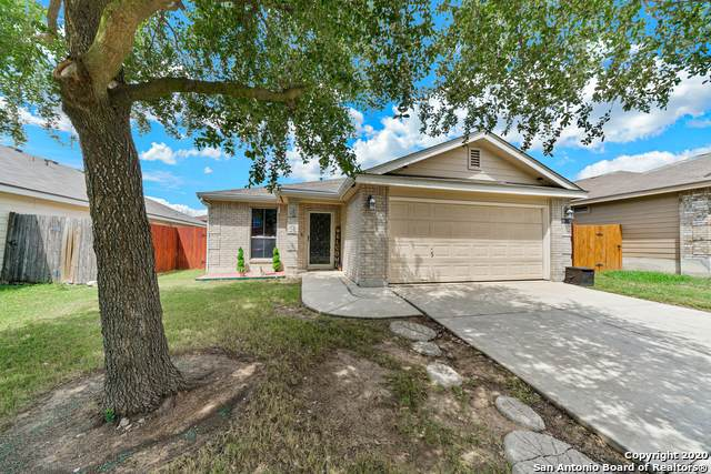 431 Stable Vista, San Antonio, TX 78227 (MLS #1484591) :: The Castillo Group