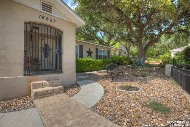 18527 Bandera Rd, Helotes, TX 78023 (MLS #1484653) :: The Lopez Group