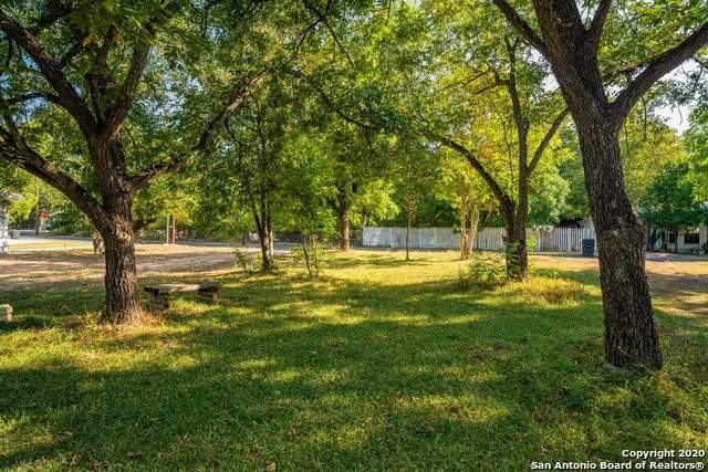313 Fulton St, Fredericksburg, TX 78624 (MLS #1484668) :: The Glover Homes & Land Group