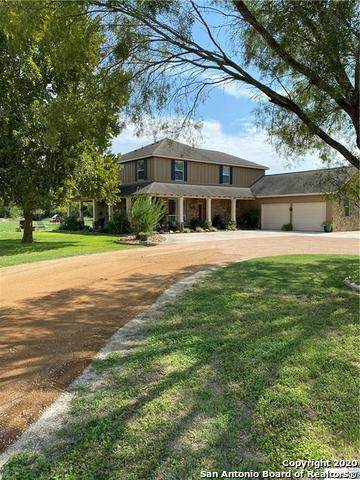 309 Woodlake Dr, McQueeney, TX 78123 (MLS #1484692) :: Carolina Garcia Real Estate Group
