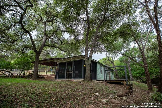 172 36th St, Bandera, TX 78063 (MLS #1484945) :: The Real Estate Jesus Team