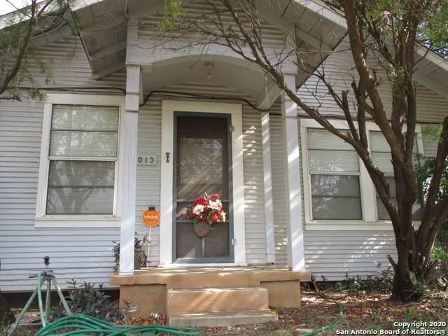 1013 E Alabama St, Pearsall, TX 78061 (MLS #1485052) :: Tom White Group
