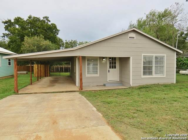 602 S 6TH ST, Stockdale, TX 78160 (MLS #1485099) :: The Real Estate Jesus Team