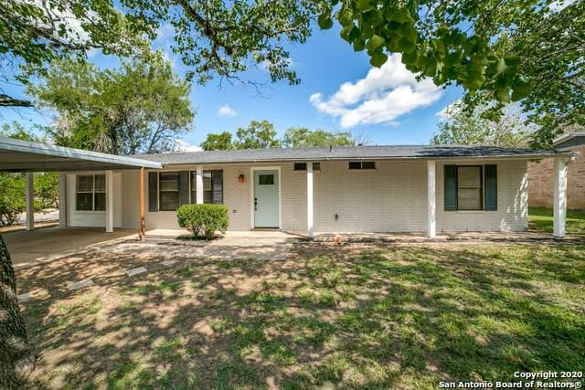822 Val Verde Dr, Pleasanton, TX 78064 (MLS #1485221) :: Alexis Weigand Real Estate Group