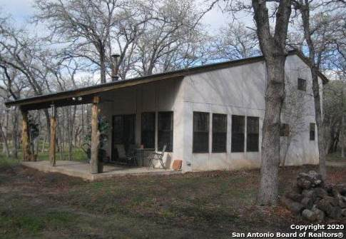 4836 County Road 434, Stockdale, TX 78160 (MLS #1485373) :: Maverick