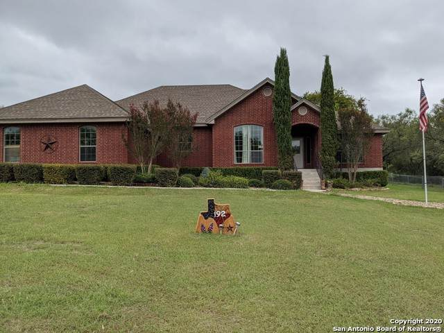 192 Placid Heights, Seguin, TX 78155 (MLS #1485406) :: Front Real Estate Co.
