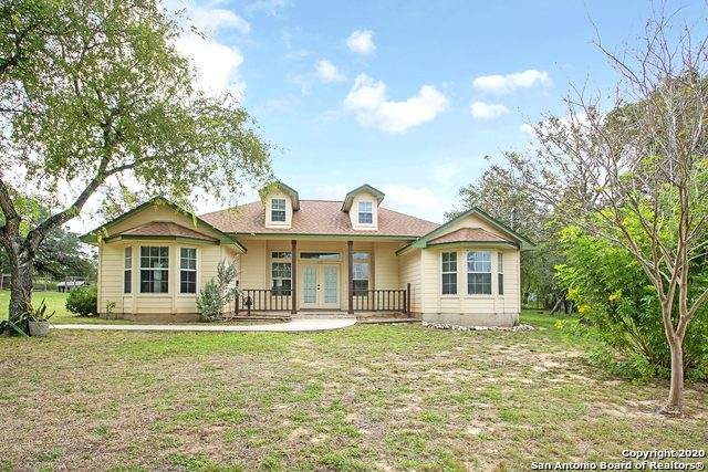 246 Eagle Ridge Dr, Floresville, TX 78114 (MLS #1485503) :: Maverick