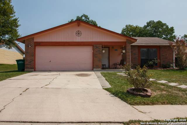 2118 Centerville Dr, San Antonio, TX 78245 (MLS #1485792) :: The Real Estate Jesus Team