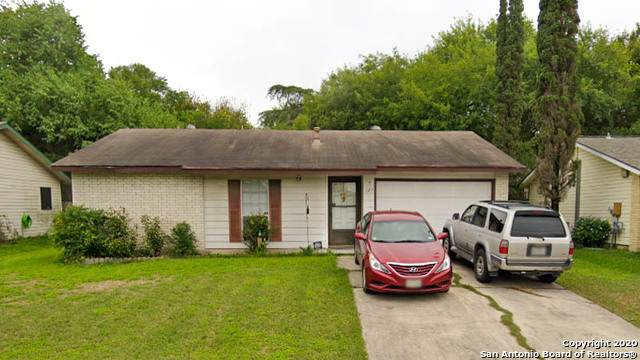 123 Meadow Hl, Converse, TX 78109 (#1485833) :: The Perry Henderson Group at Berkshire Hathaway Texas Realty