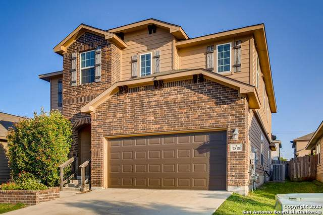 7818 Robin Cove, Selma, TX 78154 (#1485843) :: The Perry Henderson Group at Berkshire Hathaway Texas Realty