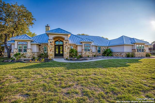 112 Woodlands Dr, La Vernia, TX 78121 (MLS #1485920) :: The Glover Homes & Land Group