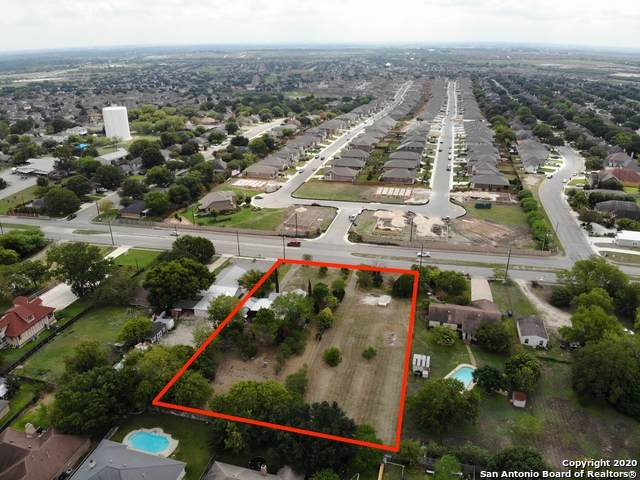820 W County Line Rd, New Braunfels, TX 78130 (MLS #1486023) :: The Lugo Group