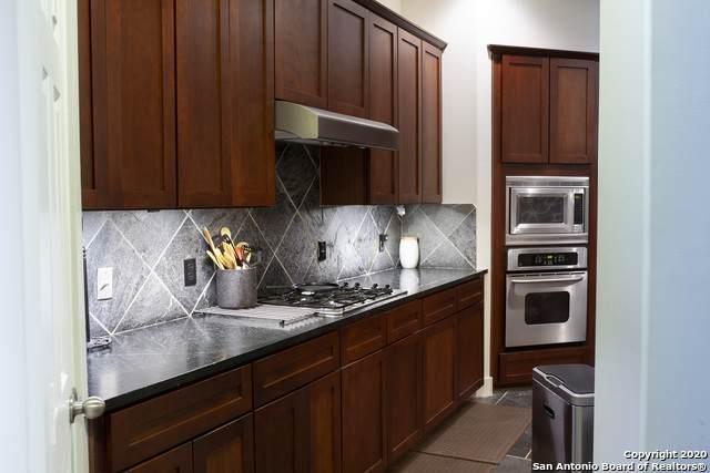 4714 Cashel Glen Dr, Houston, TX 77069 (MLS #1486041) :: Alexis Weigand Real Estate Group