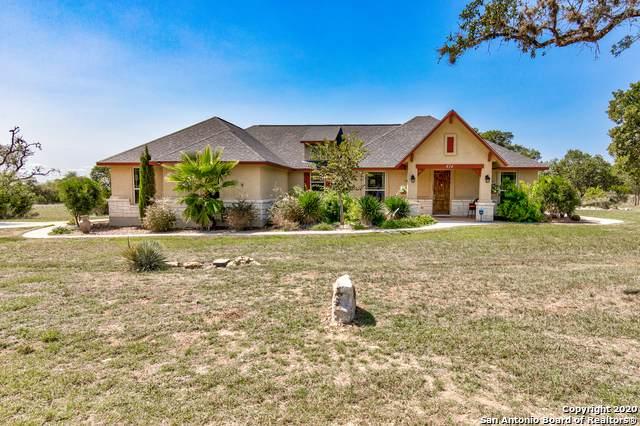 414 Rio Cir, Pipe Creek, TX 78063 (MLS #1486131) :: Tom White Group