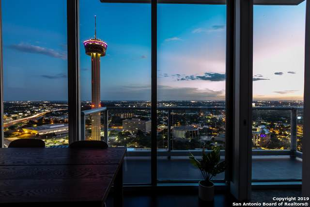 610 E Market St #2713, San Antonio, TX 78205 (#1486282) :: The Perry Henderson Group at Berkshire Hathaway Texas Realty