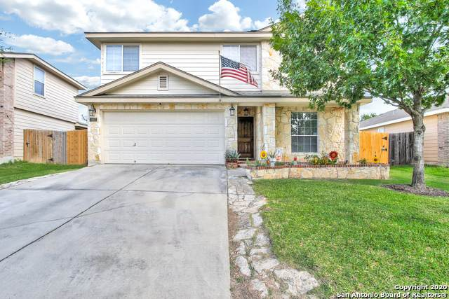 9807 Connemara Bend, San Antonio, TX 78245 (MLS #1486359) :: The Gradiz Group