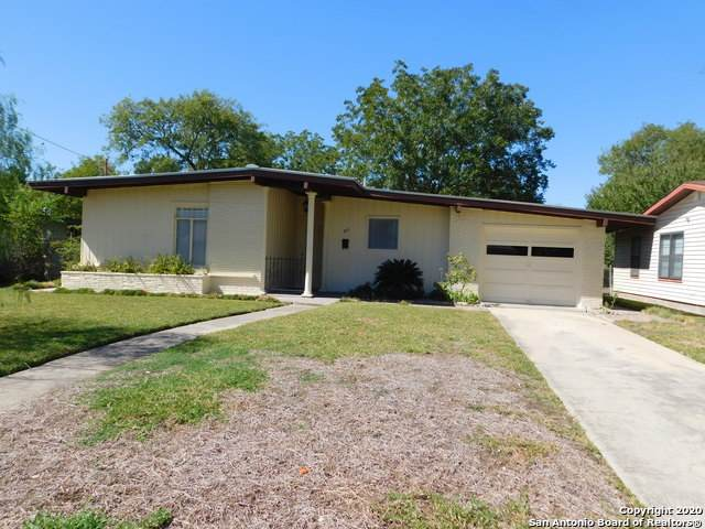 315 Laddie Pl, San Antonio, TX 78201 (MLS #1486573) :: The Glover Homes & Land Group