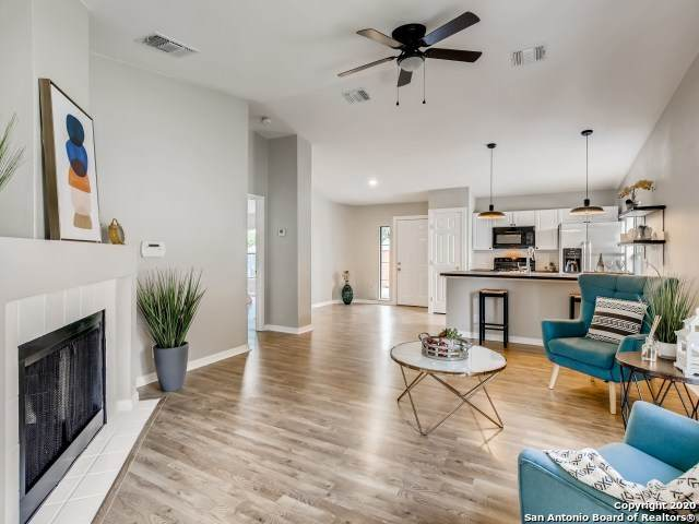 4035 Fire Sun, San Antonio, TX 78244 (MLS #1486632) :: Carolina Garcia Real Estate Group