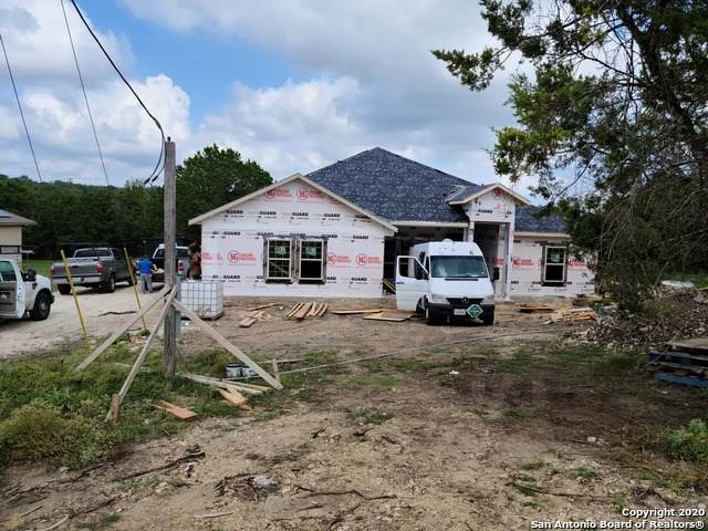 565 Riverview Dr, Spring Branch, TX 78070 (MLS #1486682) :: Carter Fine Homes - Keller Williams Heritage