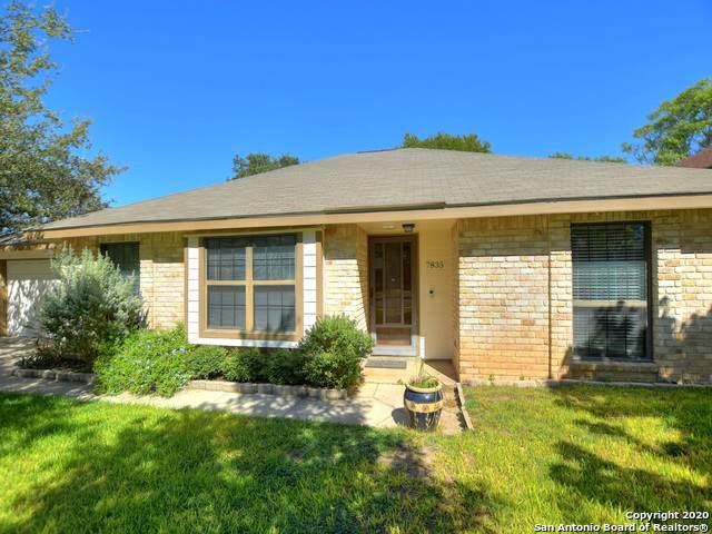 7835 Lark Ridge, San Antonio, TX 78250 (MLS #1486734) :: The Gradiz Group