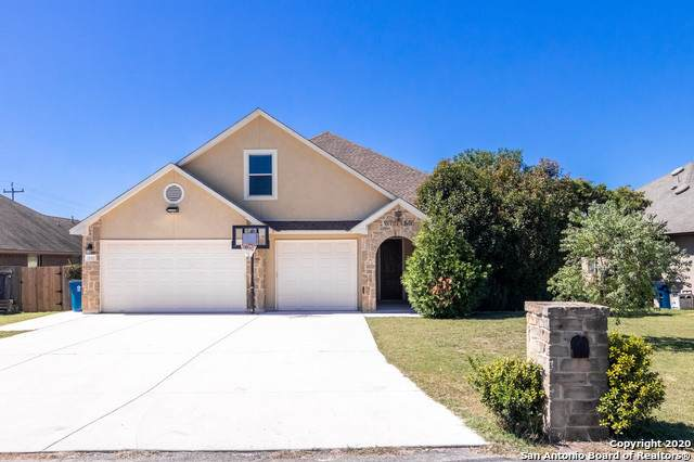 15411 Dell Ln, Selma, TX 78154 (MLS #1486803) :: The Glover Homes & Land Group