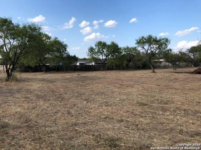 901 W Haynie St, Llano, TX 78643 (MLS #1487081) :: Alexis Weigand Real Estate Group