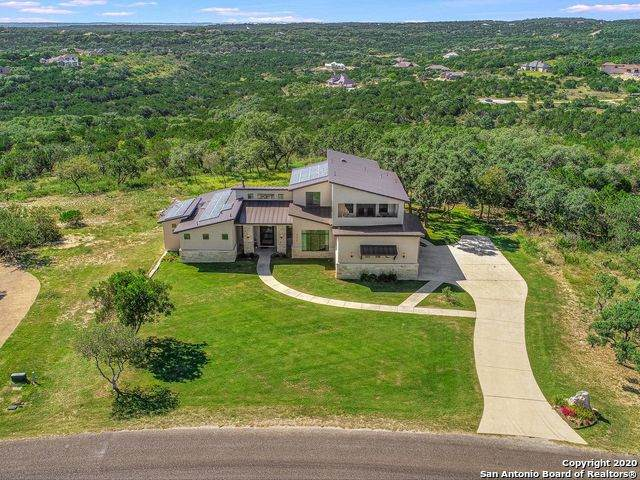 717 County Road 2801 E, Mico, TX 78056 (MLS #1487306) :: The Castillo Group