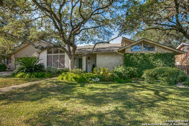 3407 Hunters Run St, San Antonio, TX 78230 (#1487520) :: The Perry Henderson Group at Berkshire Hathaway Texas Realty