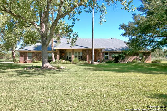 5100 Alternate 90, Seguin, TX 78155 (#1487661) :: The Perry Henderson Group at Berkshire Hathaway Texas Realty