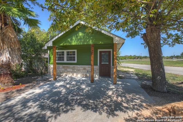 291 School Ave, New Braunfels, TX 78130 (MLS #1487789) :: The Lugo Group